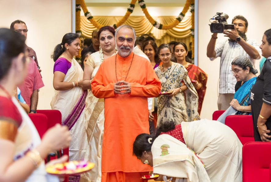 mukhya Swami Singapore trip17